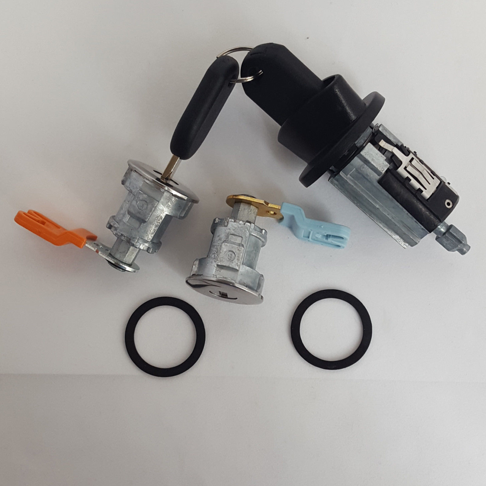 Ford Ignition Switch Cylinder Lock, Pair of 2 Door Lock Cylinders 2 x H84 Keys