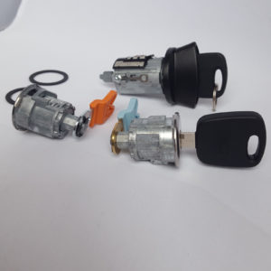 Ford Ignition Switch Cylinder Lock, 2 Door Lock Cylinders 2 OEM Transponder Keys